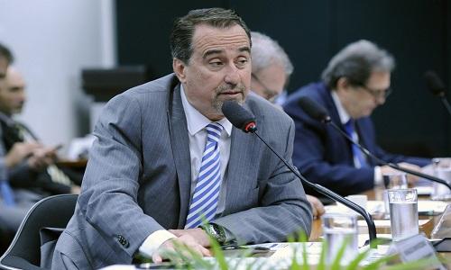 O ministro Gilberto Occhi  defendeu que Revalida seja mais rápido permanente e constante