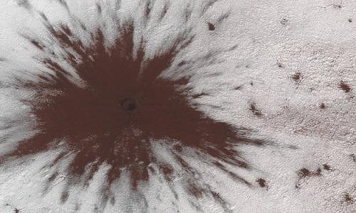 Está Localizada em Marte uma cratera enorme causada por meteorito