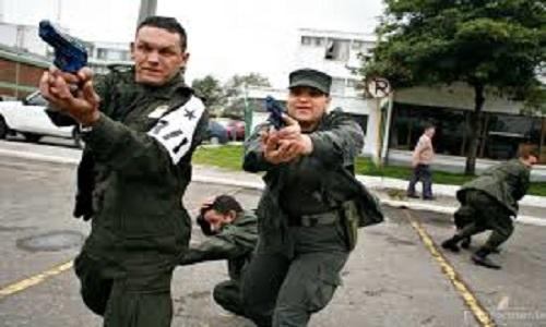 2 atentados contra a polícia da colômbia  cometidos pelo ELN