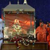 Morreu  com  111 anos o líder de seita religiosa na Índia