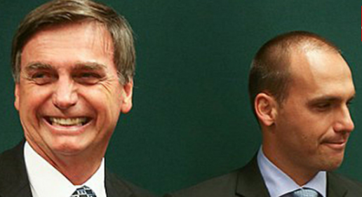 Eduardo Bolsonaro e o pai processam Revista Fórum