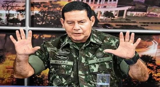 Com Itamaraty em crise, Mourão se antecipa e monta sua equipe de diplomatas