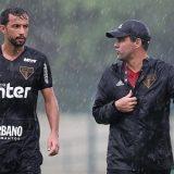 Jejum do São Paulo no Paulistão o futebolista  Nenê abriu  o jogo