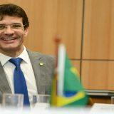 Ex-candidata afirma que Ministro do Turismo sabia de esquema de lavagem de dinheiro do PSL