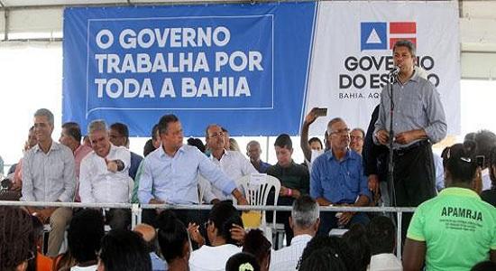 Rui Costa inaugura em Feira de Santana colégio com capacidade para mais de mil alunos