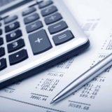 O mercado financeiro reduzi a  projeção de déficit em  contas públicas