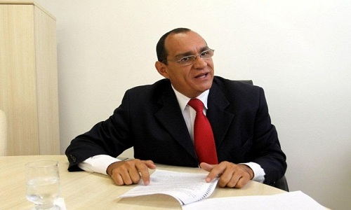 Tourinho: denúncia sobre Pityocampa