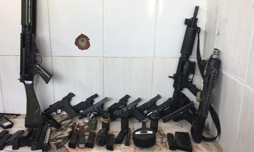 A polícia diz que tiroteio deixou 13 mortos em comunidades de Santa Teresa