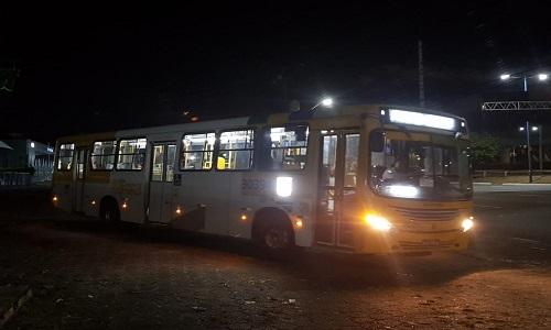 9 pessoas foi presas suspeitas de assaltar ônibus em  Salvador