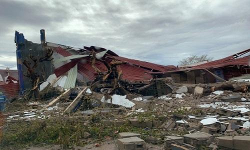 Ciclone arrasa cidade de Moçambique.