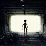 Cientistas debatem sobre extraterrestres.