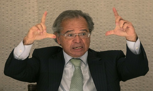 Paulo Guedes vai à Câmara hoje explicar proposta de reforma da Previdência