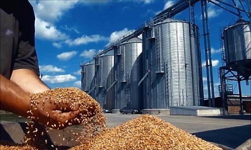 Armazéns brasileiros têm capacidade de armazenar 160 milhões de toneladas de grãos.