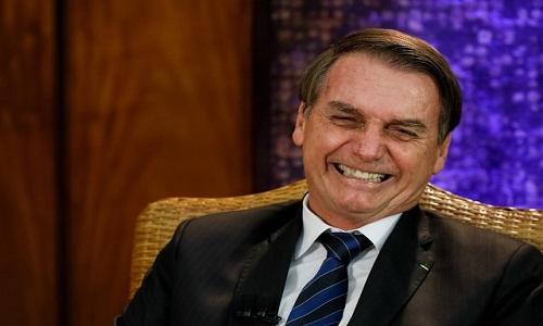 Ministros da ala militar defendem que Bolsonaro procure Maia