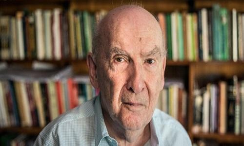 Boris Fausto reconta assassinatos que abalaram SP no início do século 20