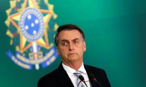 Bolsonaro promete ações para que mulheres tenham mais representatividade.