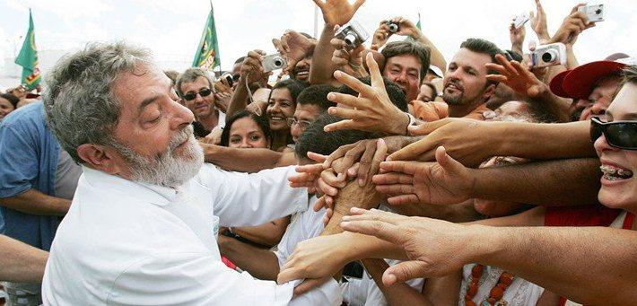 O BRASIL FOI O MELHOR PAÍS DO MUNDO PARA SE VIVER NA ÉPOCA DE LULA