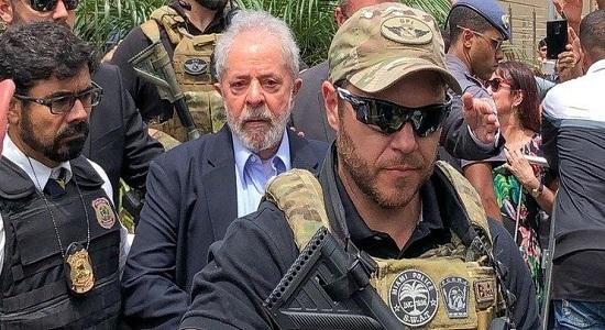 Lula hoje é o político mais digno desse país, por Carlos Lima