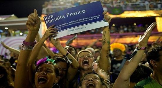 "Meras coincidências ou ""o powerpoint do Bolsonaro"""