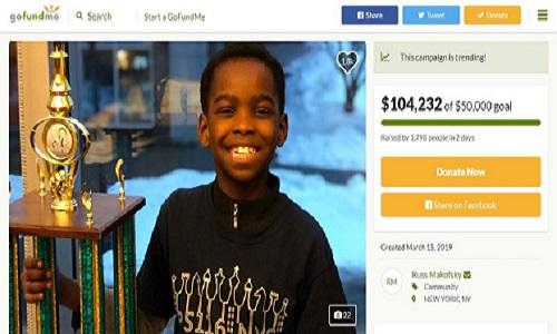 Refugiado nigeriano de 8 anos venceu campeonato de xadrez.