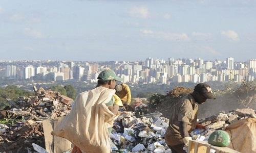 Surgimento de lixões está ligado à falta de recursos e educação.