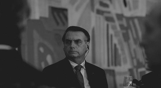 Bolsonaro defende mineração em terras indígenas