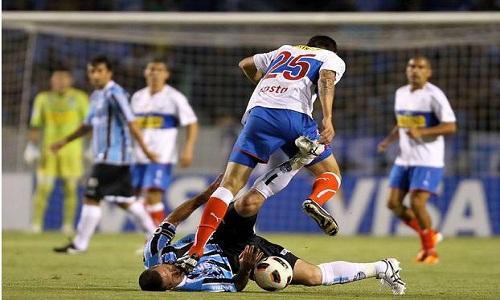 Grêmio perde para a Católica no Chile e se complica