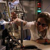 Unicamp abre inscrições para projeto que incentiva meninas a serem cientistas