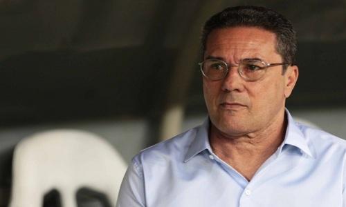 """""""Do jogo passado para esse jogo, eu saio bastante satisfeito"""", analisa Luxemburgo"""