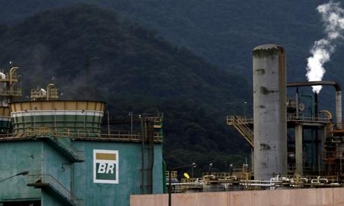Petrobras vai manter liderança em refino no Brasil após desinvestimentos, diz diretora