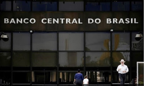 BC indica recuo do PIB no 1º trimestre e cita 'incertezas'