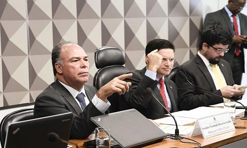 Congresso aprova transferir Coaf para o Ministério da Economia