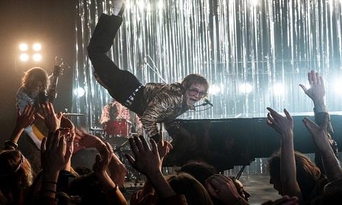 'Rocketman' resume bem vida e obra de Elton John com musical cheio de fantasia