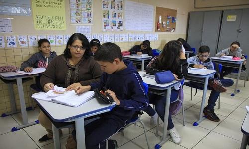 Futuros professores listam os desafios que explicam queda no interesse pelo trabalho em sala de aula