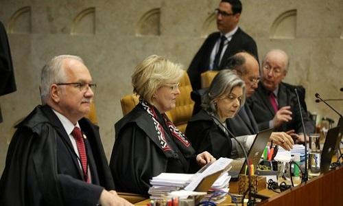 STF vota por enquadrar homofobia como crime de racismo
