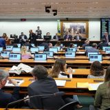 CCJ aprova proposta de reforma tributária, que segue para comissão especial