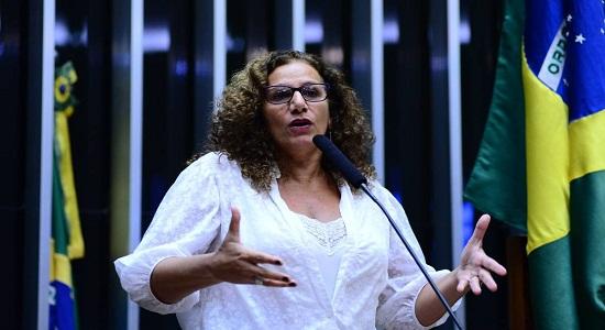 Deputada Jandira confronta Paulo Guedes