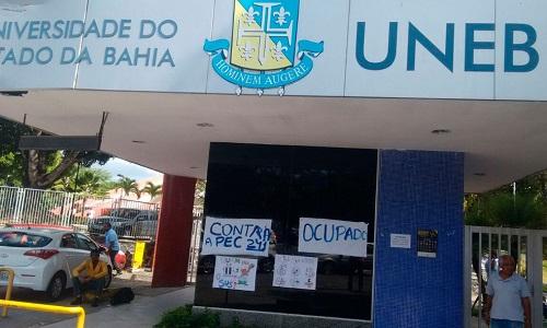 Governo derruba liminar que garantia salários de professores em greve