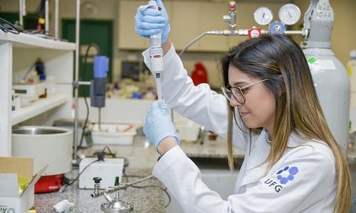Pesquisa da UFG cria partícula que captura cocaína e evita morte por overdose