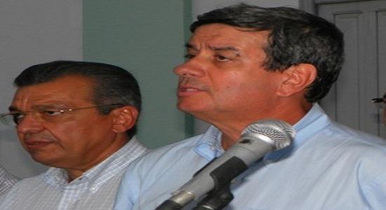 Targino Machado denuncia a situação da saúde em Feira de Santana