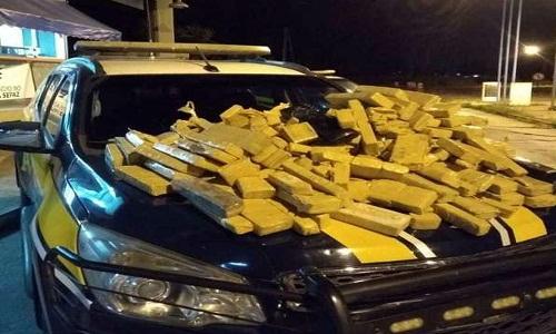 Casal é preso em rodovia da BA após ser flagrado com mais de 500 tabletes de maconha em carro