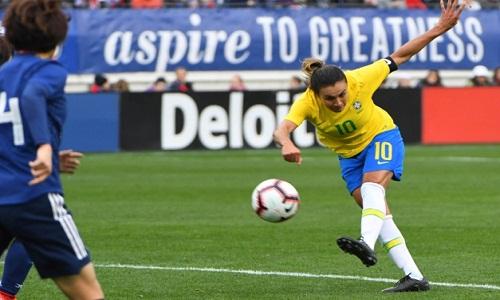 Com lesão, Marta não é escalada para estreia do Brasil na Copa do Mundo, diz Vadão