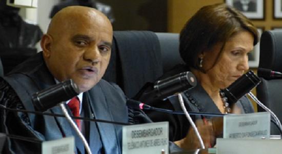 Bolsonaro decreta o fim de órgão de combate à tortura