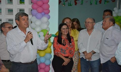 Prefeito Colbert Martins Filho inaugura nova sede do CAPSi em Feira de Santana