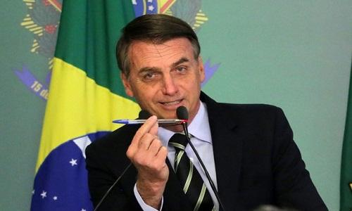 Bolsonaro faz apelo a parlamentares para que não derrubem decretos sobre armas