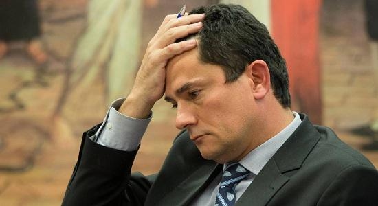 Troca de mensagens pode anular decisões de Moro, acreditam ministros do STF