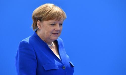 Merkel quer discutir com Bolsonaro sobre desmatamento