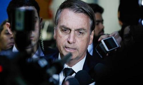 Bolsonaro vê ministros como 'fusíveis' e admite problemas na articulação política