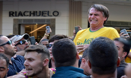 Inquérito do caso Adélio desconstrói fake news sobre facada em Bolsonaro, diz delegado