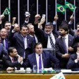 Texto-base da Previdência é aprovado com folga na Câmara dos Deputados